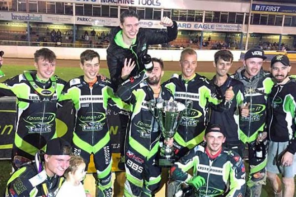 Eastbourne-Eagles-KO-Cup-winners-2018