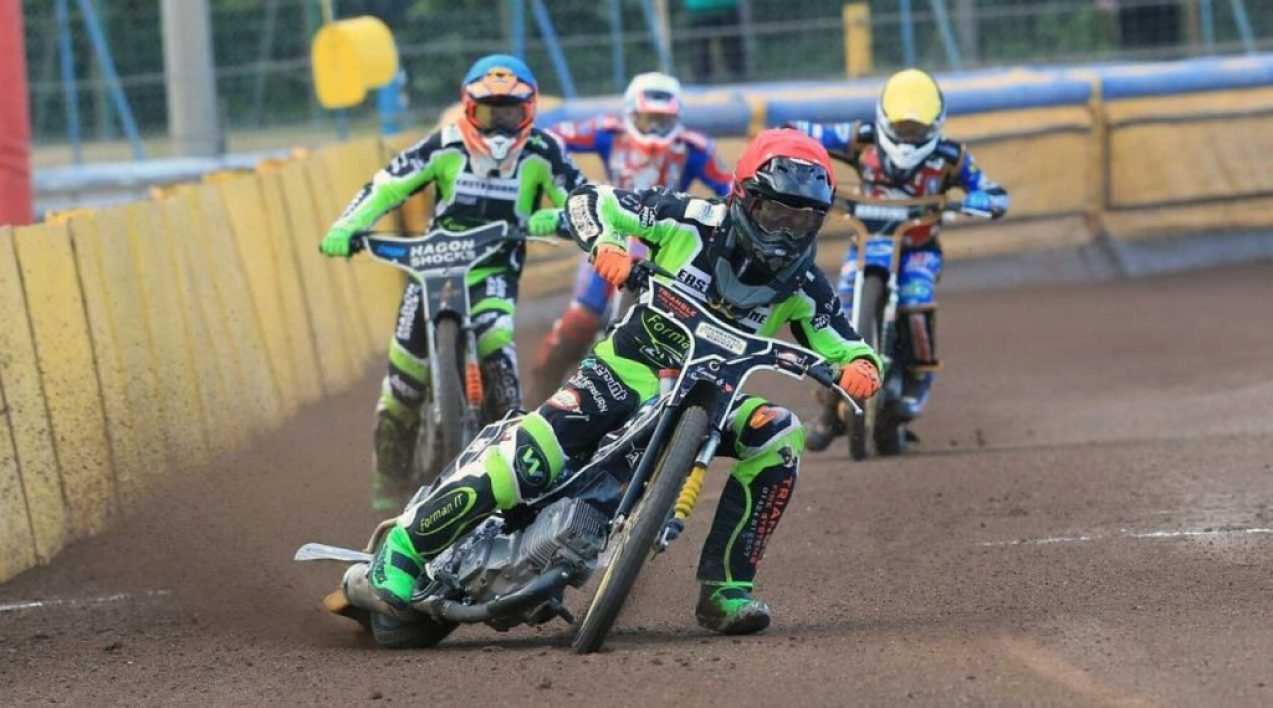 Eastbourne-Eagles_Credit-Mike-Hinves_4