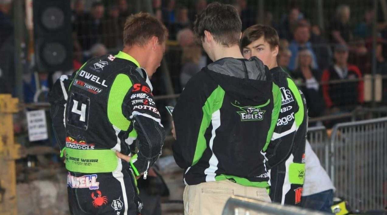 Eastbourne-Eagles_Credit-Mike-Hinves_8