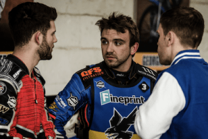 Kyle-Newman-centre-talks-to-Alfie-Bowtell-and-Will-Pottinger